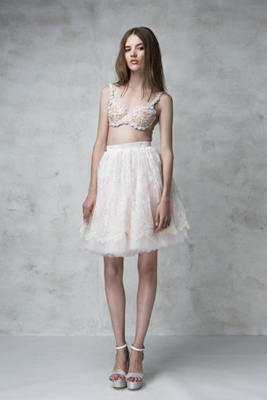 Sweetie bra, Glossy skirt